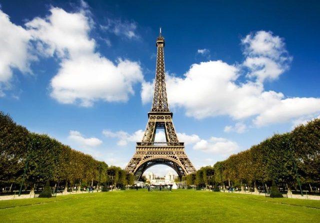 Чего не нужно делать в Париже