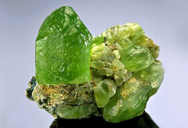 Какие камни относятся к полудрагоценным