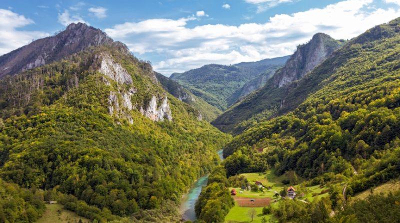 Черногория: почему здесь все рождаются утомленными?