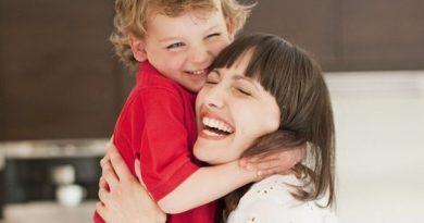10 примеров «других слов» при общении с ребенком.