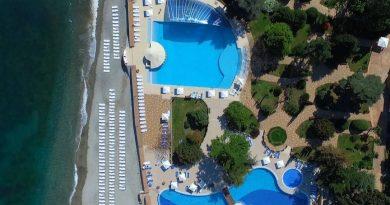 Проснуться под шум волн: 5 отелей Крыма со своим пляжем
