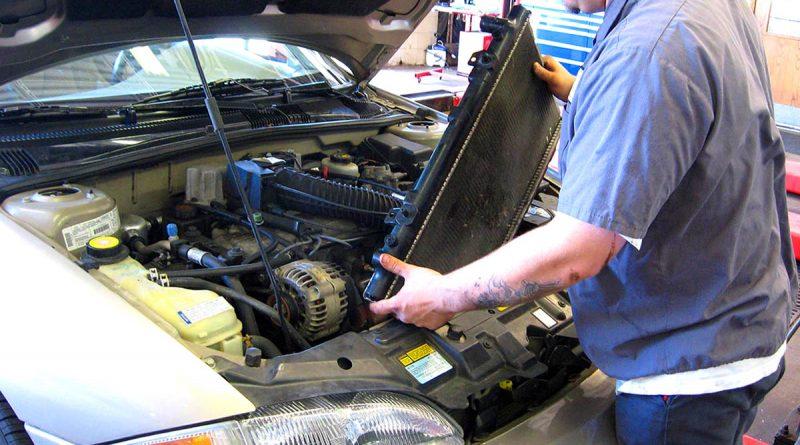 Ремонт автомобильного радиатора – чистить, менять сердцевину или паять?