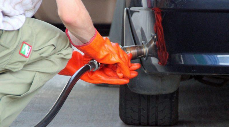 Заправка авто газом. Преимущества и недостатки