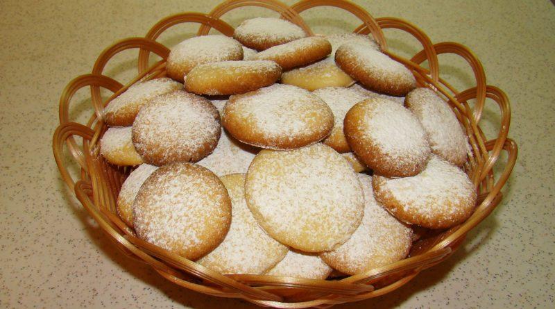 Как приготовить печенье из песочного теста