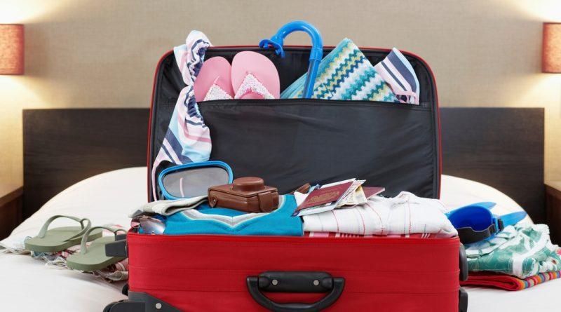 10 вещей, которые нельзя класть в чемодан