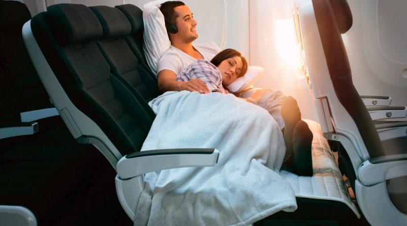 Лайфхак: как спать в самолете