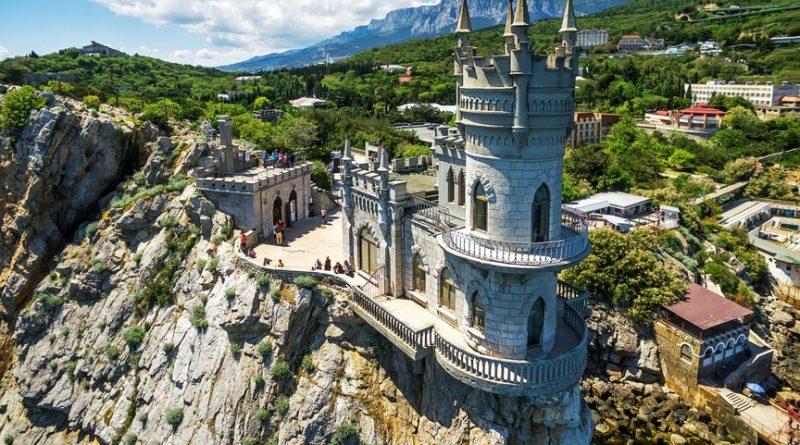 Налог на отдых: какие туристические сборы действуют в разных странах