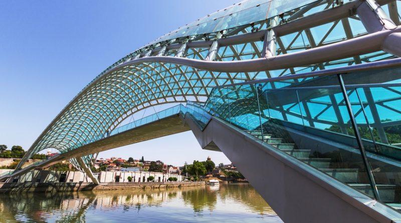 Баку, Тбилиси или Ереван — куда поехать отдыхать