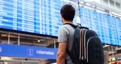 Пять наивных вопросов про долги и выезд за границу