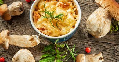 Как приготовить жульен с курицей и грибами по-домашнему