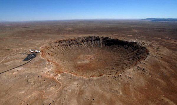 Следы падения крупнейшего метеорита – Аризонского