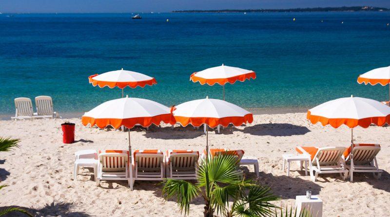 10 лучших французских городов для пляжного отдыха