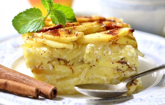 Лапшевник с яблоками и корицей: вкусный домашний десерт