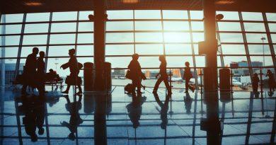 Дешевые авиабилеты: плюсы и минусы