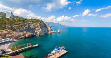 Берега Крыма: какую часть полуострова выбрать?