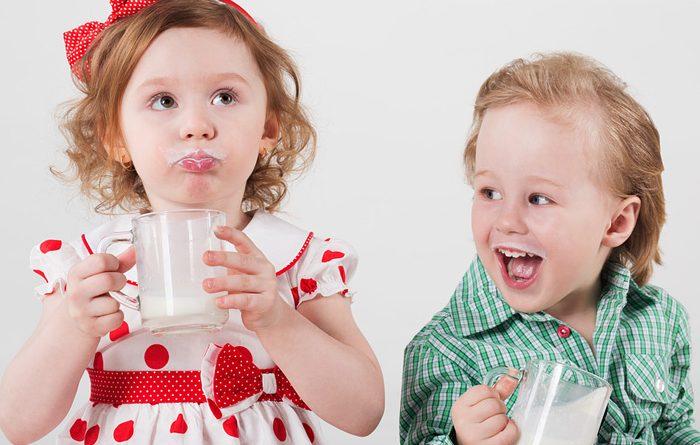 Как вкусно и правильно пить молоко