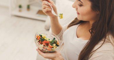 Эти дни: какие продукты стоит убрать из рациона во время менструации?