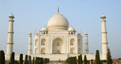 Знаменитый мавзолей-мечеть Тадж-Махал в Агре могут снести