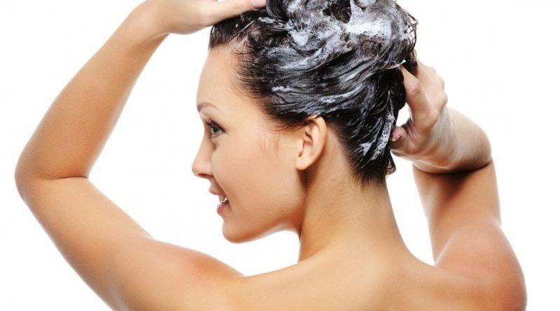Проверь, совершаешь ли ты ошибки в уходе за кожей головы и волосами!