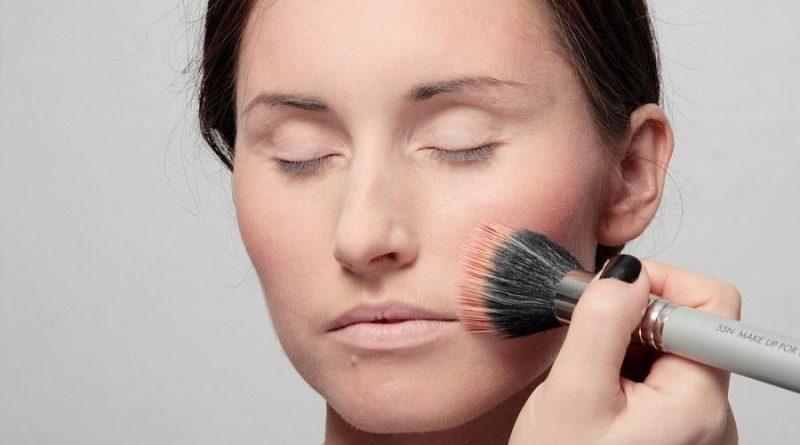База под макияж: 6 секретных приемов