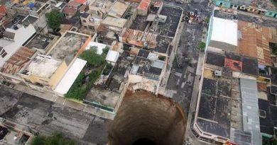 Страшная гватемальская дыра в земле