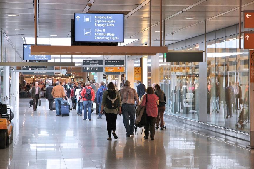 Аэропорт Мадрид-Барахас в Испании