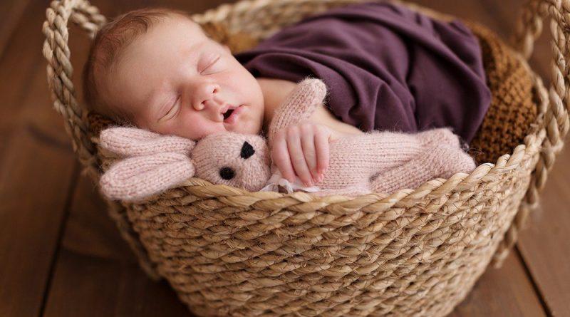 Вот как спят дети в 6 разных странах