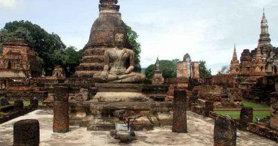 Желающий обрести покой турист вернул украденные кирпичи в тайский храм