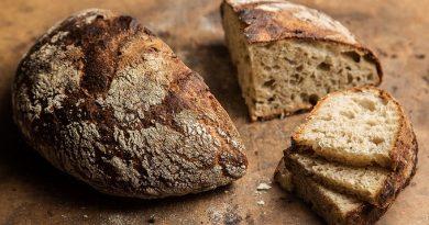 Как использовать старый хлеб: 5 ценных советов и рецепты