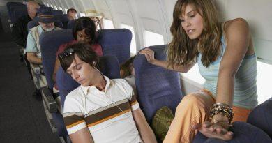 7 ответов на самые популярные вопросы о поведении в самолёте