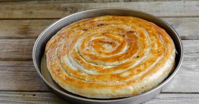 Сочный пирог из лаваша с мясом