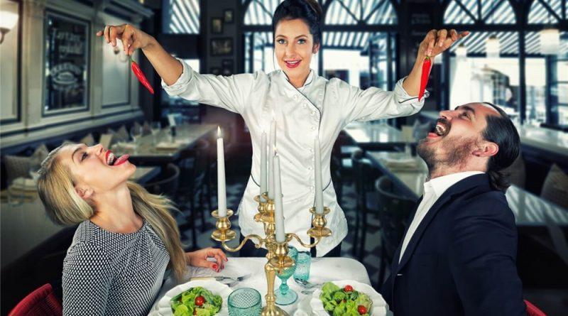 Хитрые трюки ресторанных меню, которые стимулируют тратить больше
