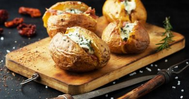 Картофель фаршированный сельдью «Шикарный ужин»