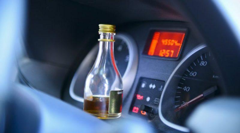Можно ли в США употреблять алкоголь за рулем?