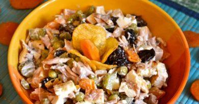 Вкусный салатик «Переполох В Курятнике»