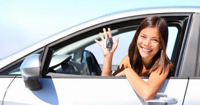 Как выбрать машину начинающей автоледи?