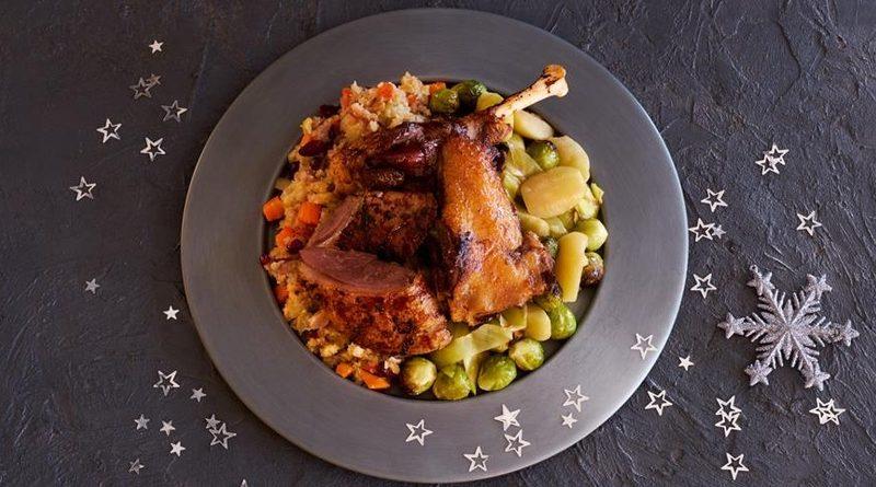 Рождественский гусь с яблоками и брюссельской капустой