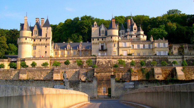 Замок Спящей красавицы во Франции
