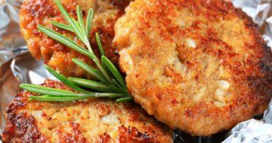 Нежные мясные котлеты с картофелем