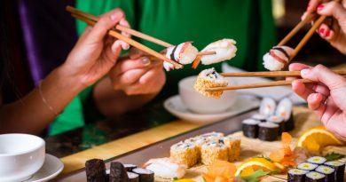 Что думают Японцы о роллах и суши произведенных в России?