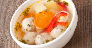 Суп с фрикадельками: рецепт вкусного рыбного блюда