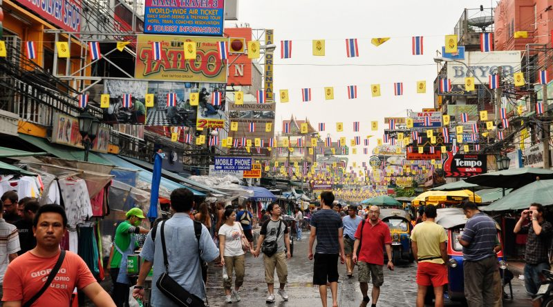 Почему по Бангкоку туристу не стоит гулять пешком