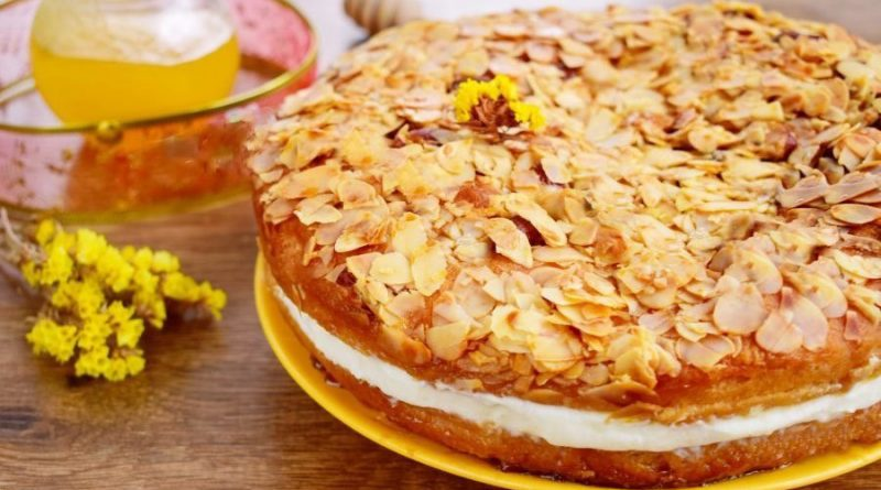 """Медовый торт """"Пчелиный укус"""""""