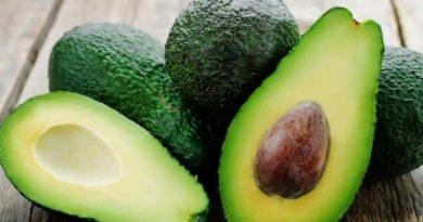 Как правильно выбрать авокадо и почему его так все обожают