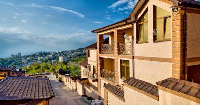 Поиск жилья по приезду на отдых: 5 аргументов за и против
