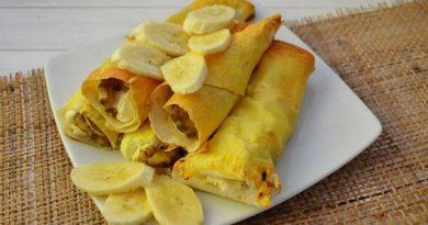 Трубочки из лаваша с творогом и бананом