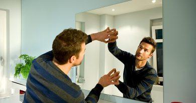 Где не стоит вешать зеркала в квартире?