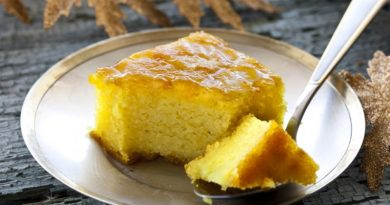 Рецепт пирога с манкой на сковороде