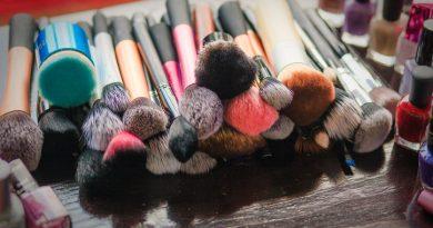 6 правил ухода за кистями для макияжа