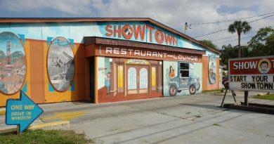 Легендарный город циркачей находится в Гибсонте, штате Флорида, США.